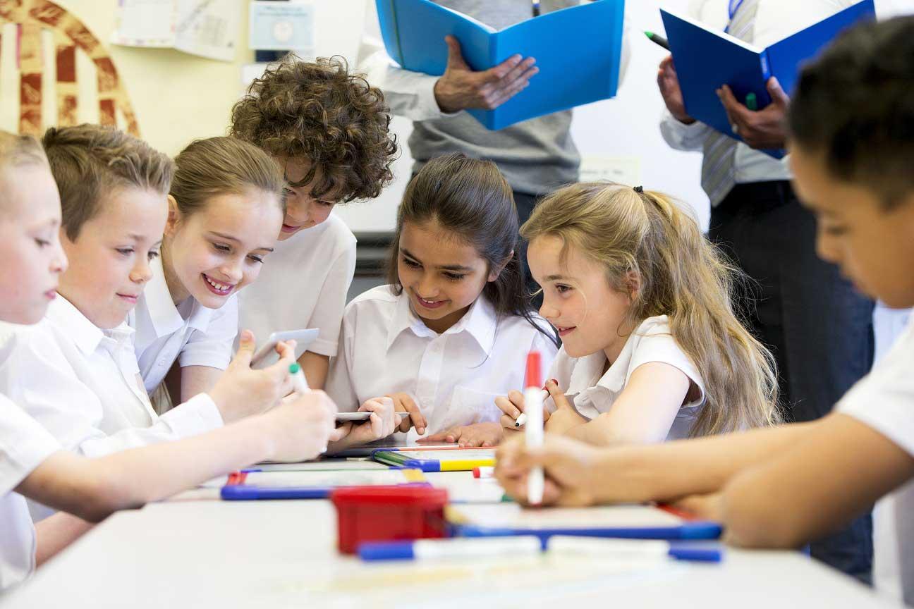 Ecole-Sainte-Anne-Ecole-Primaire-Collaboration